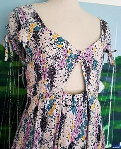 Free People Dresses - FREE PEOPLE FLORAL CUT OUT THE SLEEVE DRESS NWT